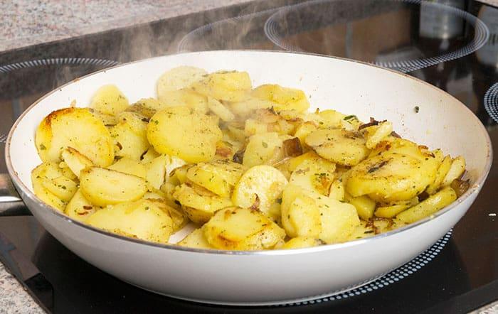 receta patatas a lo pobre