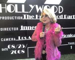 Comedian Dee Dee Hanson agent book hire