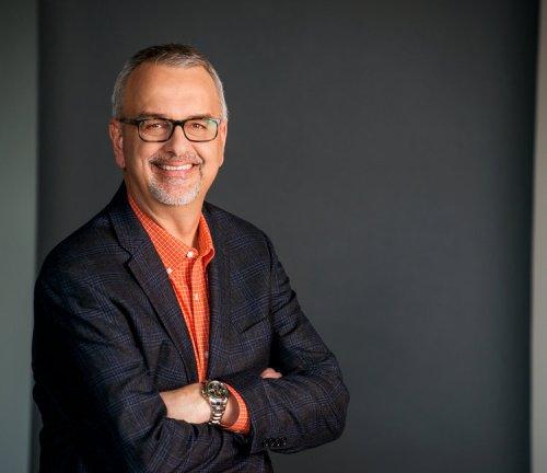 Hire safety speaker Dennis Brouwer