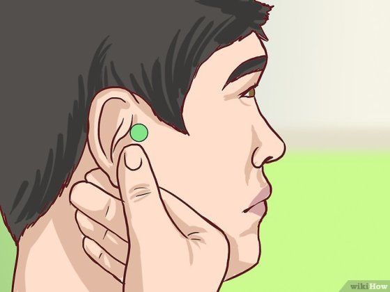 Immagine titolata Use Acupressure for Weight Loss Step 1