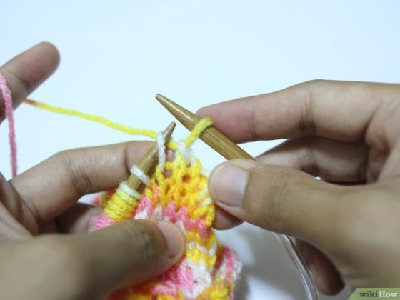 Immagine titolata Knit on Circular Needles Step 9