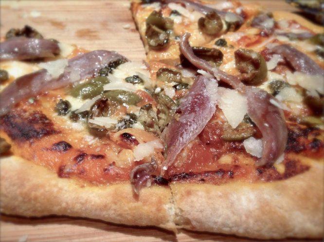 Resultado de imagen de pizza anchoas