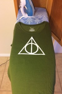 SUPER easy DIY Harry Potter shirt