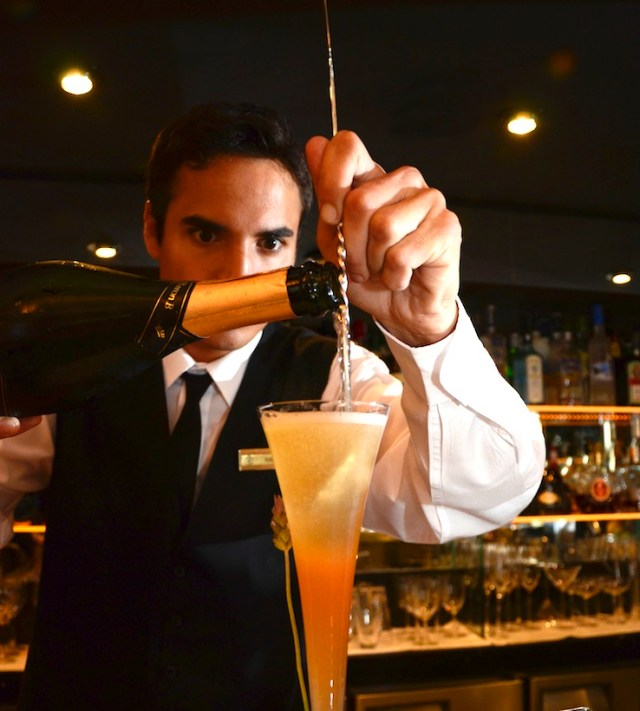 Barman Ramiro Martín.