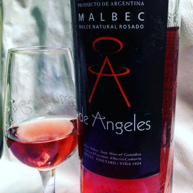 De Angeles Malbec Dulce Natural Rosado 2015.