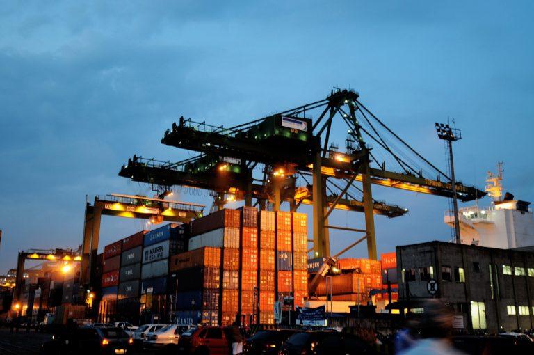 Obras devem impactar movimento de cargas no Porto de Santos