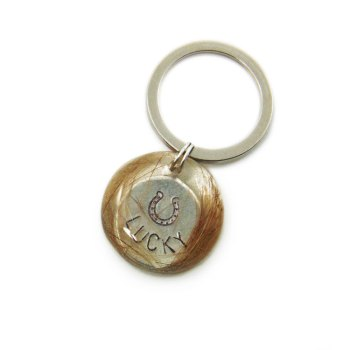 Memorial keychain with custom name charm