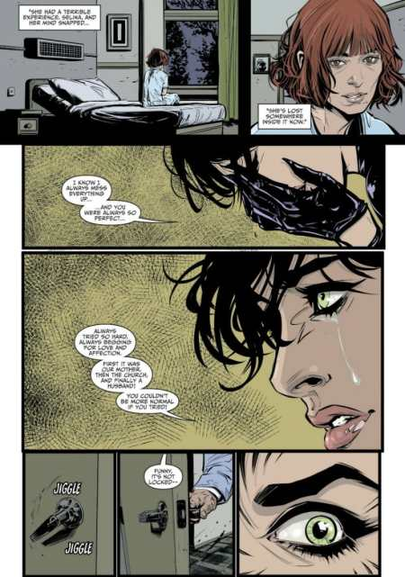 Catwoman #4 Moment