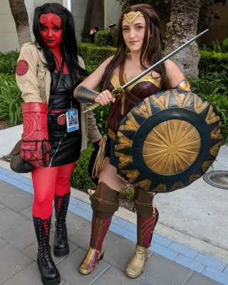 WonderCon 2019 Hellboy Wonder Woman