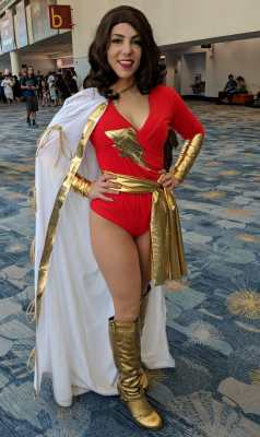WonderCon 2019 Shazam Mary Marvel