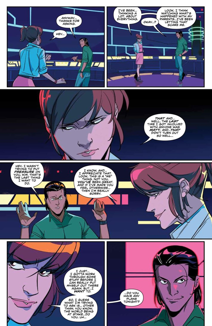 PowerRangers_v7_SC_PRESS_18 ComicList Previews: MIGHTY MORPHIN POWER RANGERS VOLUME 7 TP