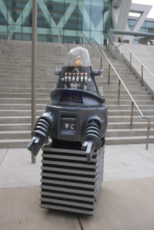 I am the pusher robot!