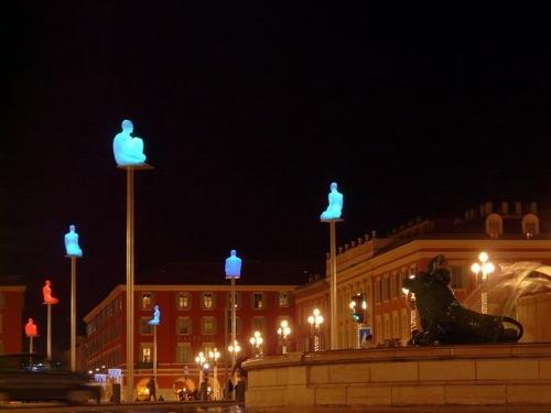 statues_place_massena.jpg