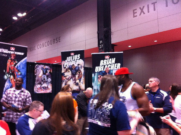 The Athleta Comics Booth—published by NFLer Israel Idonije-- was full of giant people.