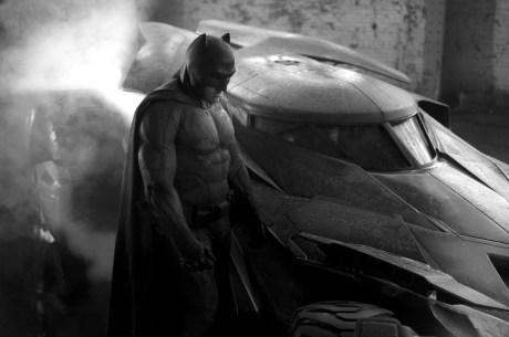 Batman-vs-Superman-Ben-Affleck-Costume