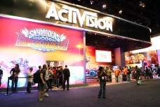 Activision booth line for Skylanders Exhibit