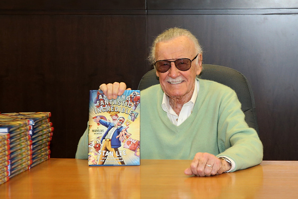 "LOS ANGELES, CA - NOVEMBER 07: Stan Lee signs copies of his new book ""Amazing Fantastic Incredible: A Marvelous Memoir"" at Barnes & Noble at The Grove on November 7, 2015 in Los Angeles, California.  (Photo by Jonathan Leibson/Getty Images)"