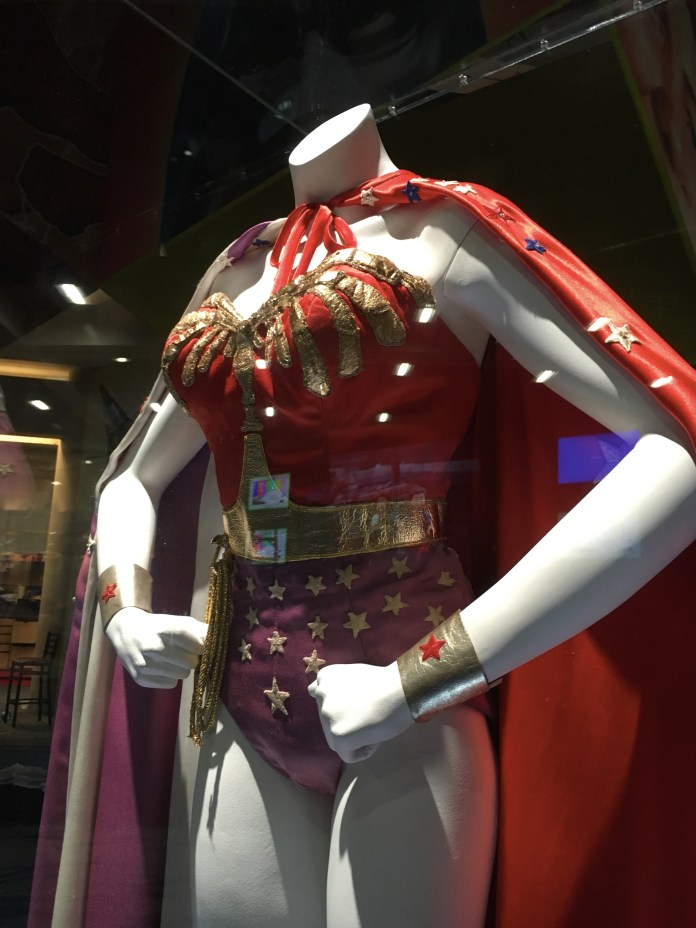 SDCC2016-d01preview-54.JPG