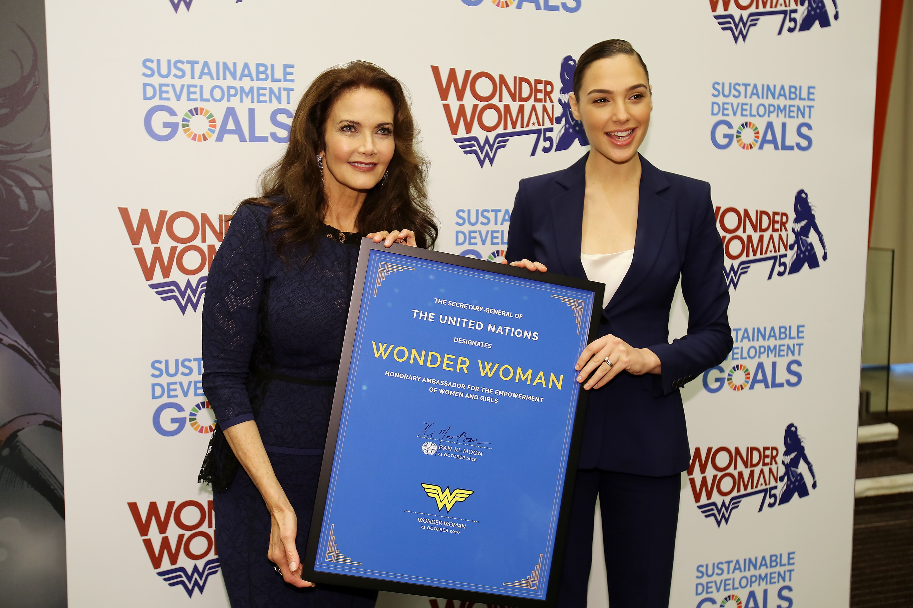 Lynda Carter and Gal Gadot.JPG