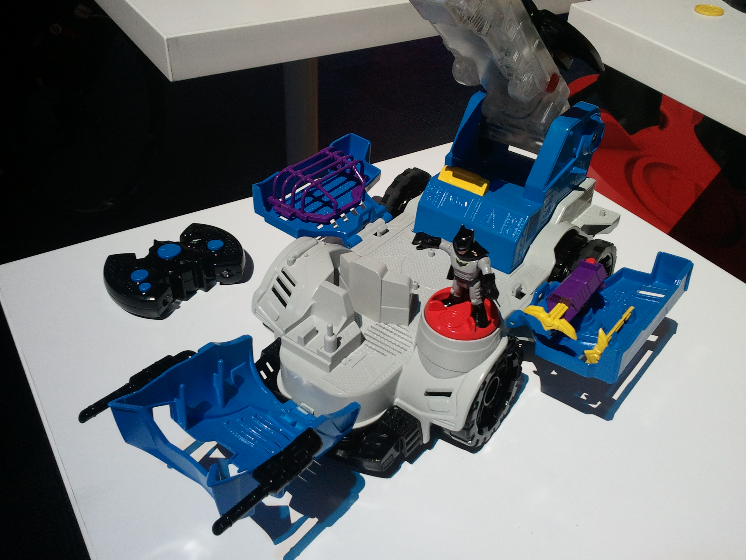 Epic  remote control projectiles jail and Batman figure Remote steers Mobile Command Center forward reverse turn u transforms from vehicle to playset