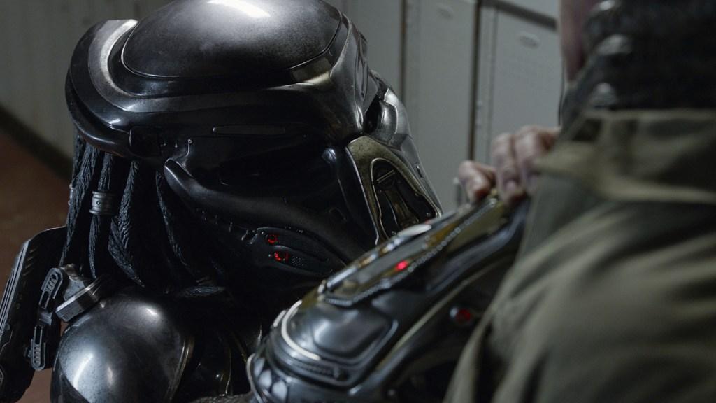 Olivia Munn Praises 'Jane Doe' in 'Predator' Scandal for Coming Forward