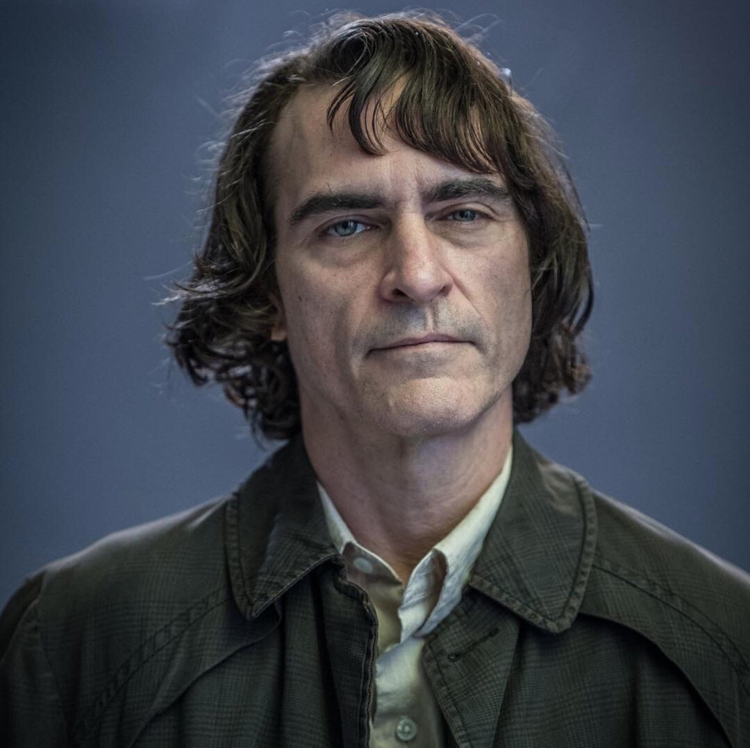 Get your first glimpse of Joaquin Phoenix as the Joker (sort of)