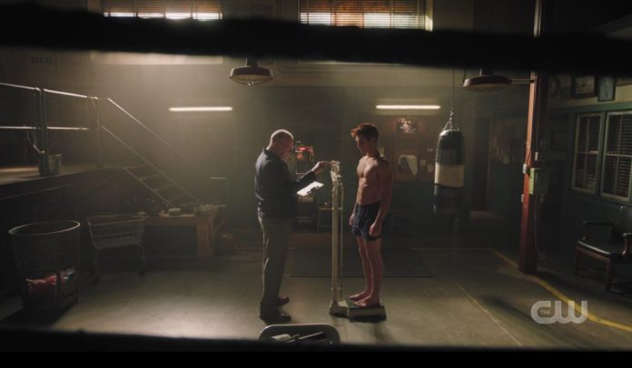 Riverdale Prom Night Shirtless KJ Apa Archie weighs in for boxing