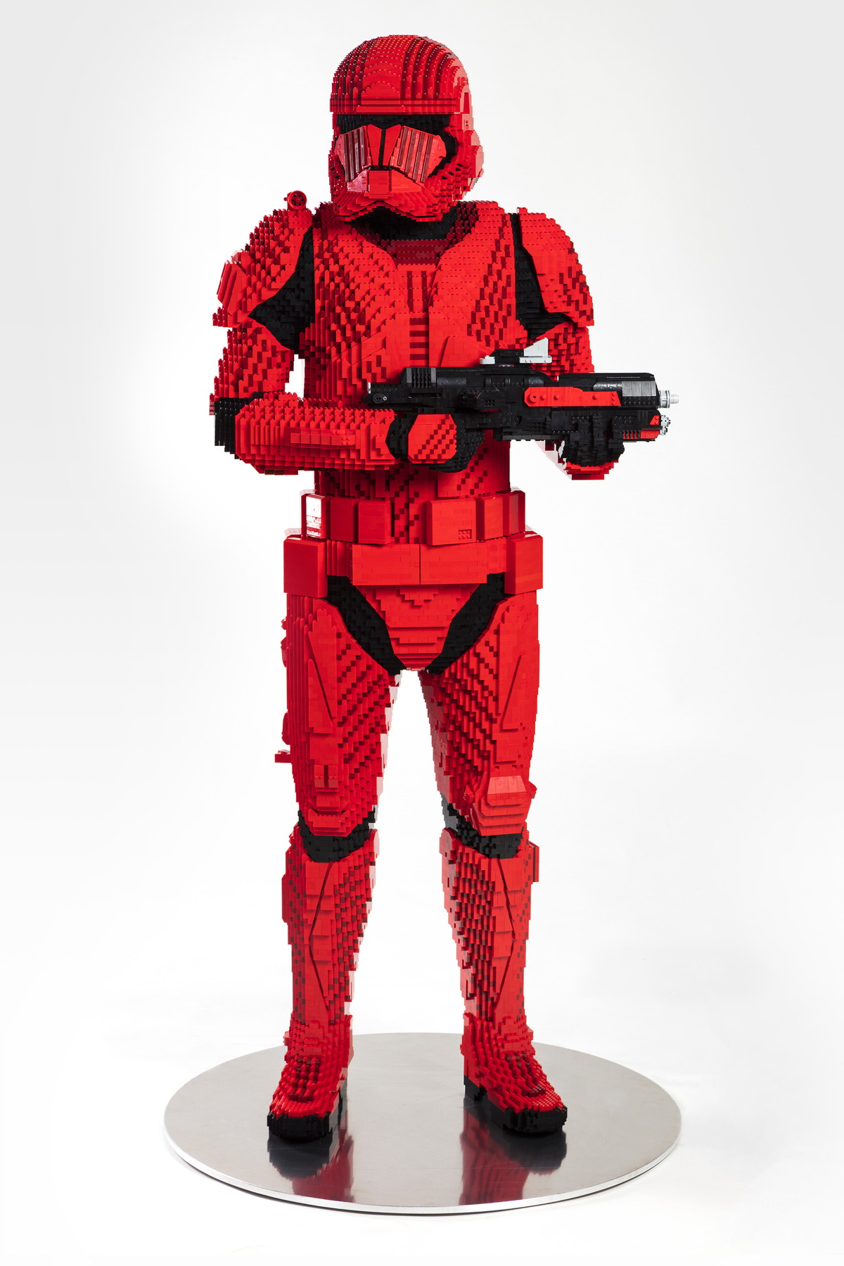LEGO_Sith_Trooper_SDCC2019_Front.jpg