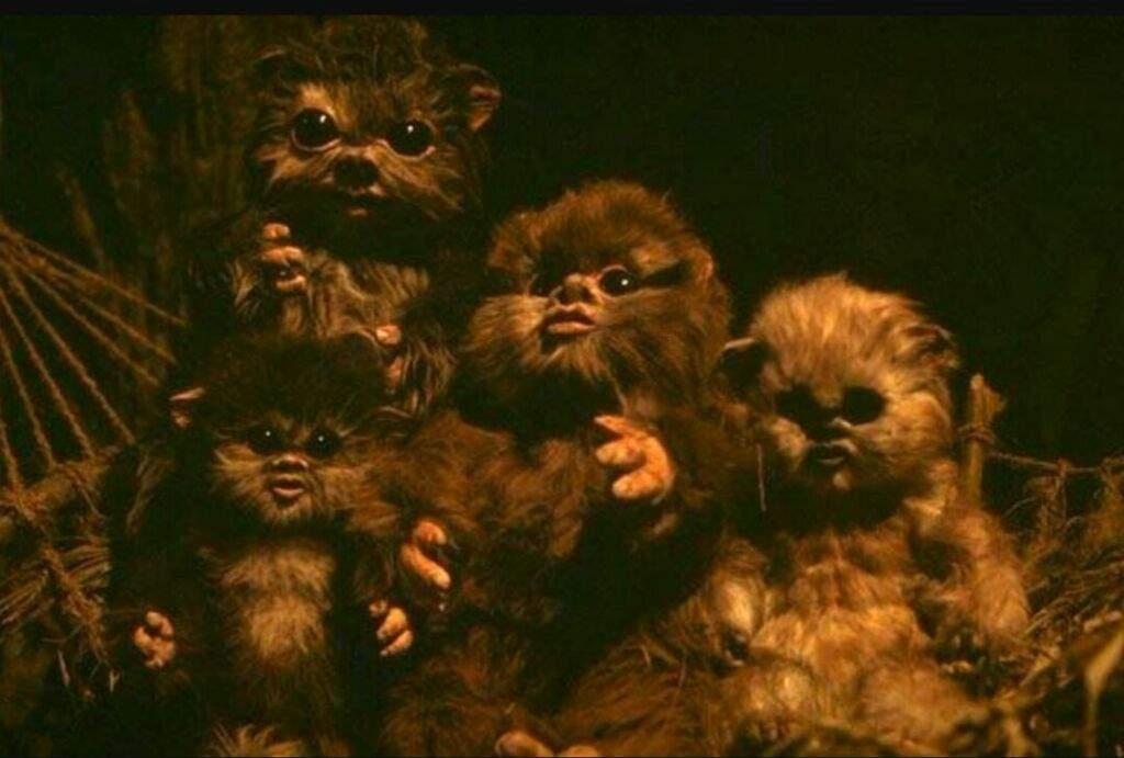 Cute beings in Star Wars: Baby Ewoks