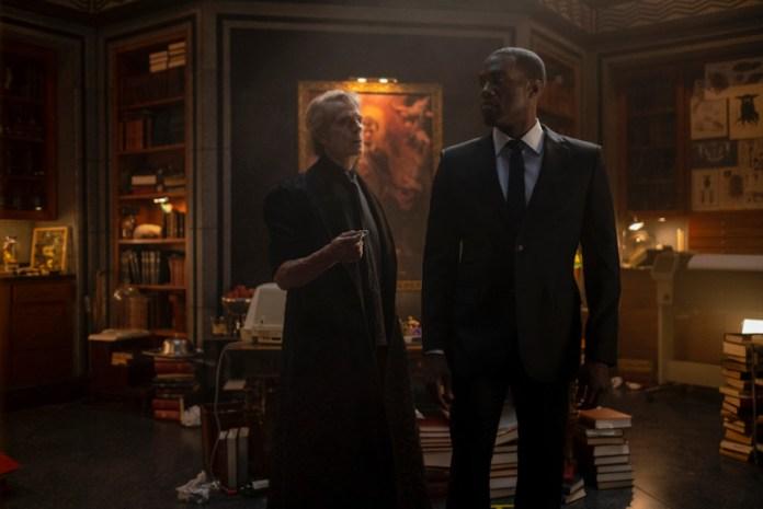 Watchmen 30 years later - Ozymandias and Dr. Manhattan