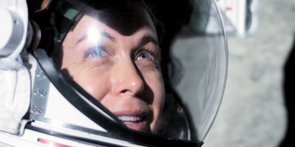 Molly Cobb (Sonya Walger) stares into the sun in