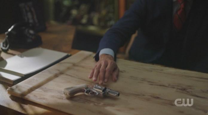 Hiram Lodge passes Chad his ghost gun on Riverdale