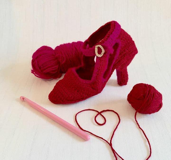 Mostra 100 scarpe rosse per dire basta alla violenza contro le donne