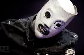 Corey Taylor masked