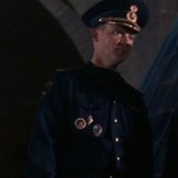 Capitaine de sous-marinNicolaï - Le monde ne suffit pas