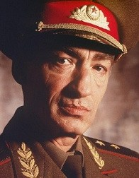 Colonel Arkadi Gregorovitch Ourumov Chef de la division espace Goldeneye (joué par Gottfried John)