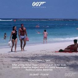 """Après avoir """"pris en stop"""" Bond sur son bateau, Domino met pied à terre sur la plage de Paradise Island aux Bahamas. Le millionnaire américain Huntington Hartford mis à disposition du film son hôtel, son spa ainsi que son complexe de plages et d'immeubles de luxe de Paradise Island. Hartford, sa femme et 200 de ses amis de la Haute Société de Nassau se portèrent volontaire pour être figurant dans la scène du Casino du film."""