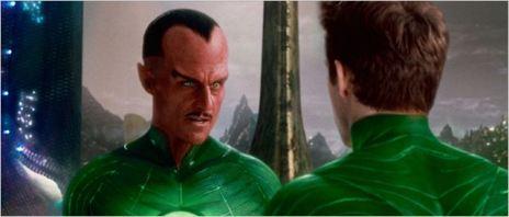 Extra-terrestre et rouge dans Green Lantern