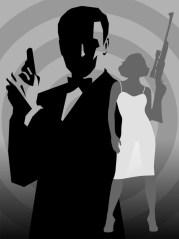 Même avec une arme, un Bond Girl est toujours plus petite que Bond