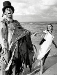 """Archival Cinema and Entertainment...Studio Publicity Still: """"Live and Let Die"""" Geoffrey Holder, Jane Seymour 1973 MGM, Credit: Hollywood Picture Press/face to face - Editorial use only - - Germany, Austria and Switzerland rights only -"""