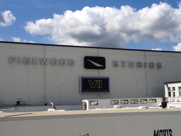 Star-Wars-@-Pinewood-Studios