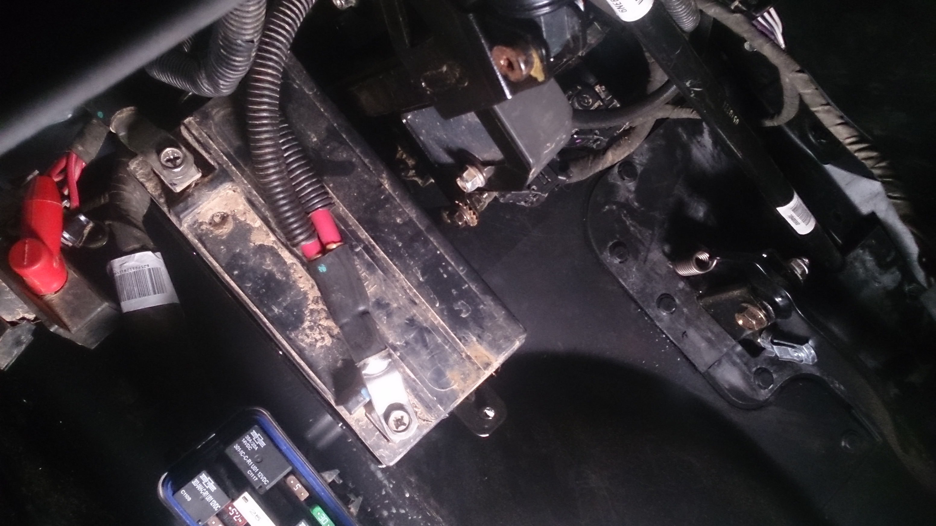 wiring diagram dual battery system feet and legs frame swap electrical issues - can-am commander forum