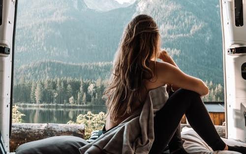 Article commejeveux - Apprendre à gérer la fatalité grâce à la méditation