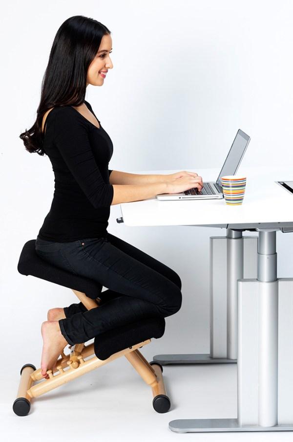 siege ergonomique assis genous