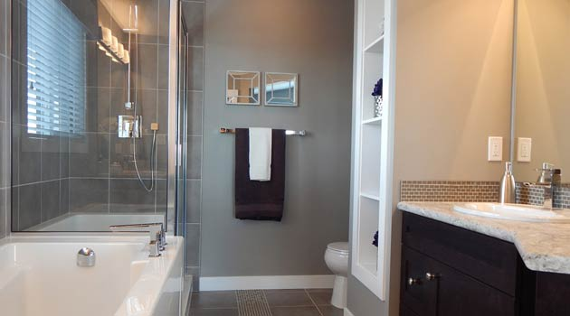 valet de douche pour tout accessoire de douche mdesign etagere de douche a suspendre a la porte de la douche satine serviteur de douche pratique sans percage en metal bazis az