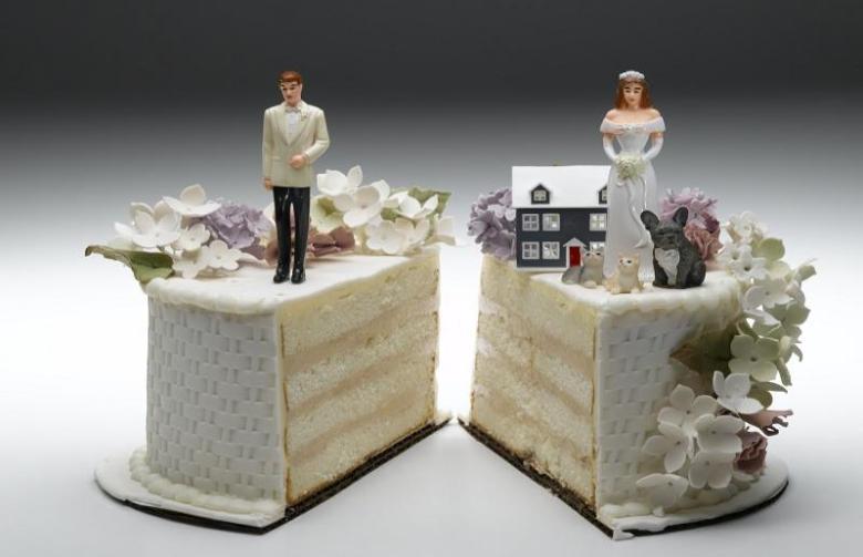 Domanda di un utente: investimento vincolato intestato ai due coniugi..come si suddivide in caso di separazione del coniuge