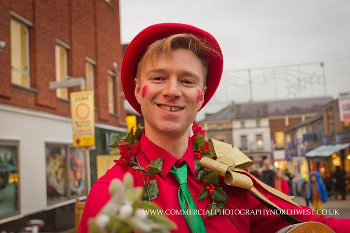 Altrincham-Stamford-Quarter-christmas-lights-lantern-parade-2013-blog-006