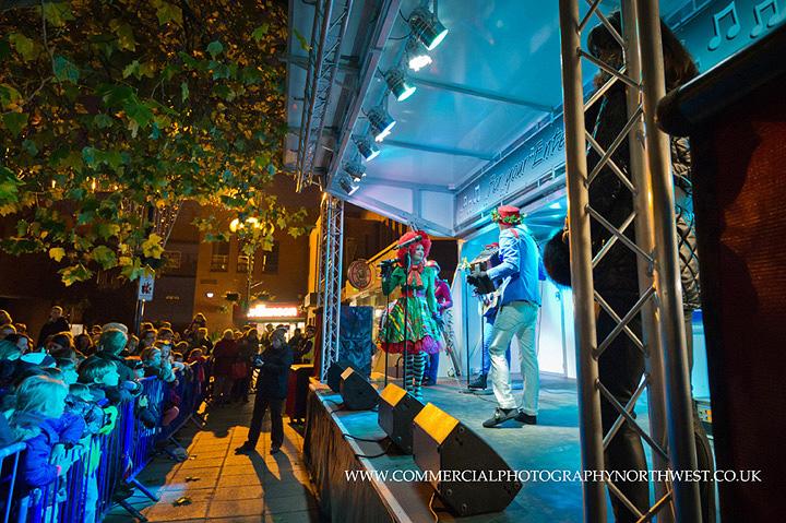 Altrincham-Stamford-Quarter-christmas-lights-lantern-parade-2013-blog-010
