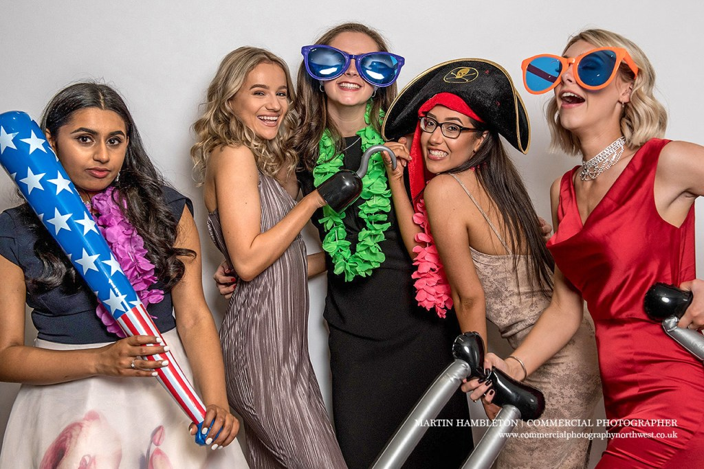 prom photography photo booth style