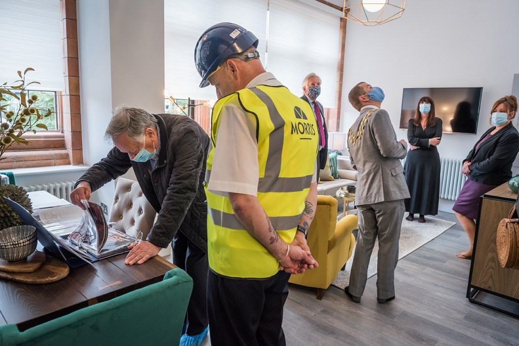 VIP tour of new apartment following covid-19 restrictions
